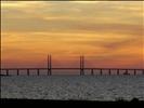 Puente de Oresund al anochecer