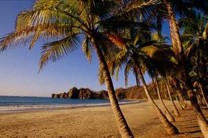 beach time at Mal Pais