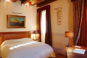 pucic bedroom