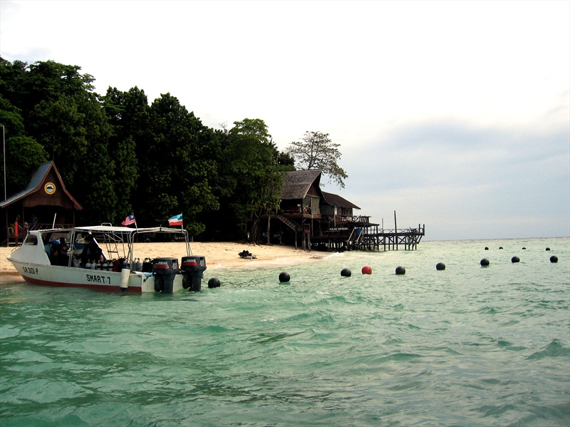 Sipadan island - Sipadan dive sites ...