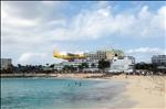 DHL landing at Princess Juliana airport, St Maarten