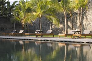 the pool at amangalle