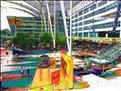 Farbenspiele am Münchner Flughafen