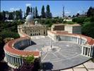 Piazza San Pietro al Fantasy World