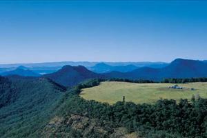 spicers peak on the scenic rim