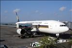 Boing 777-200 am Ngurah Rai Airport / Flug SQ141 DPS-SIN