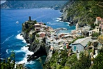 Hike on to Vernazza